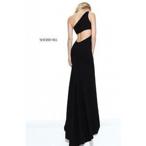 Sherri Hill One shoulder Black Dress Gown